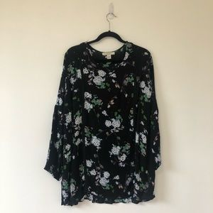 Sejour long sleeve floral top